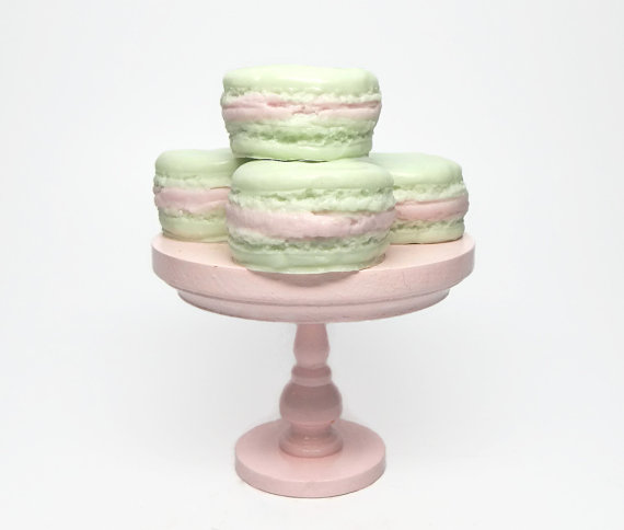 Macaroon soap set from CandlelitDesserts